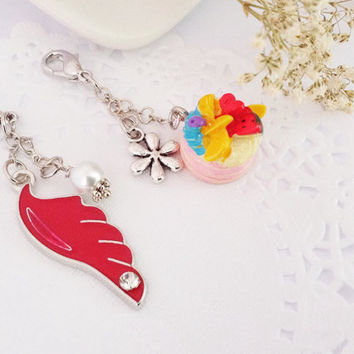 A Set of 2 Midori Traveler's Notebook Charm, A Zipper Pull Charm
