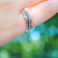 Silver Feather Ring Size 8