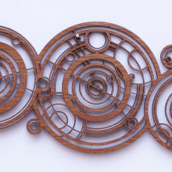 Doctor Who wood name in Ancient Gallifreyan, inpired by the Doctors Crib / Cot
