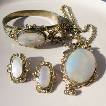Whiting and Davis Mother of Pearl Demi Parure  Necklace Bracelet Earrings