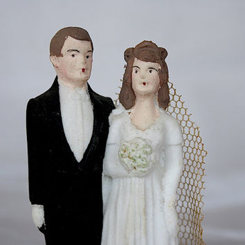 Bride & Groom Wedding Cake Topper - Vintage 1940s Wedding Cake Topper - Bisque Bride Groom Figures - Bridal Cake Topper