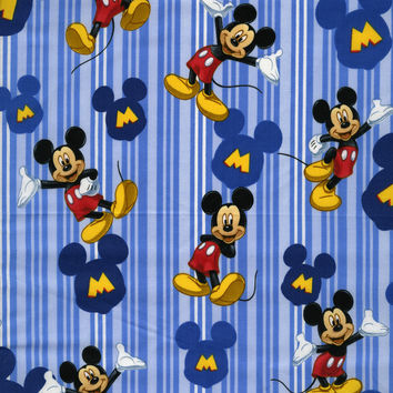 CARTOON MICKEY MOUSE BLANKET