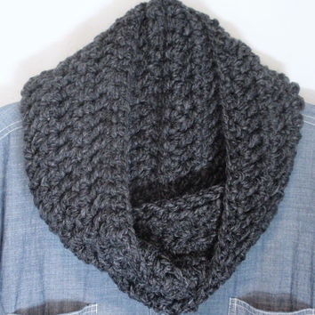 Dark Gray Scarf , Crochet Women's Scarf, Men's Scarf, Charcoal Grey Infinity Scarf, Unisex Infinity Scarf, Fall Apparel, Winter Fashion