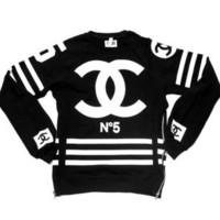 COCO NUMBER 5 SWEATSHIRT-Black