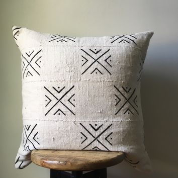 White with Black Arrow Dot African Mudcloth Pillow Cover - Custom Made