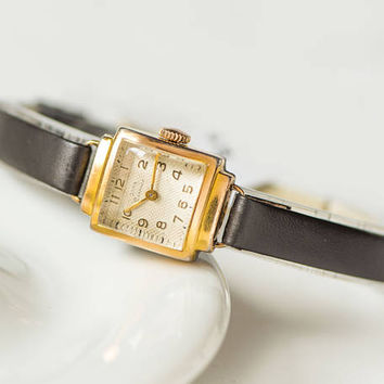 Party watch for women gold plated watch Dawn art deco style rectangular lady's watch micro rhombus pattern on face new premium leather strap