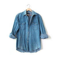 vintage 80s Wrangler jean shirt. pearl snap button down shirt. denim boyfriend shirt