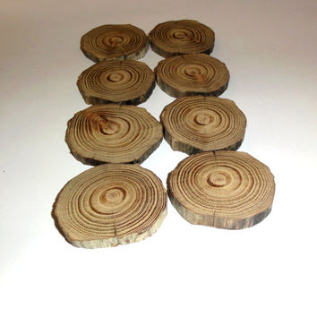 8 wood slices. Natural driftwood slabs. 5.5 cm - 2.16 inches diameter. Round Cut Pieces Log Bark Natural Decoration. Rustic wedding decor.
