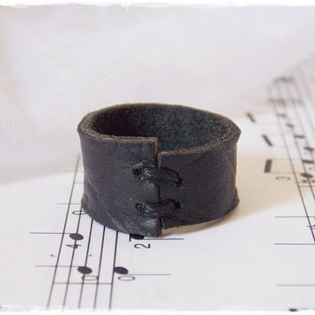Gothic Leather Ring, Goth Black Ring, Black Leather Band, Dragon Leather Ring, LARP Drow Ring, Black Leather Jewelry, Elven Lolita Ring