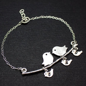 Personalized Mother Bracelet . Baby Bird Initial Charm Bracelet Sterling Silver . 3 Baby bird . Gift for Mom .