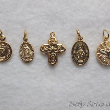 5 Assorted Catholic Religious Miraculous Medal Cross St Michael Infant Prague Trinity Bracelet Charms Reversible Gold Finished Metal Italy