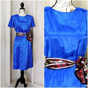 Vintage 70s secretary dress / Royal Blue silk dress  / Leslie Fay /  embossed silk / mod / retro  / Size S 5 / 6 / USA union made