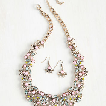 Beauteous Bravado Necklace and Earring Set | Mod Retro Vintage Necklaces | ModCloth.com