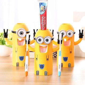2016 Children Kid Gift Cute Design Set Cartoon Yellow Doll Minions Toothbrush Holder Automatic Toothpaste Dispenser