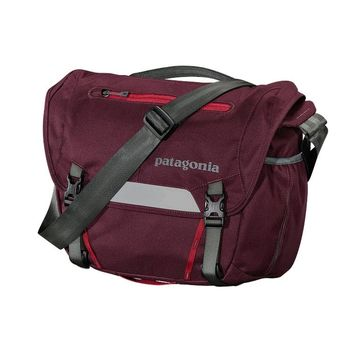 Patagonia MiniMass 12L Bike Messenger Bag | Dark Currant