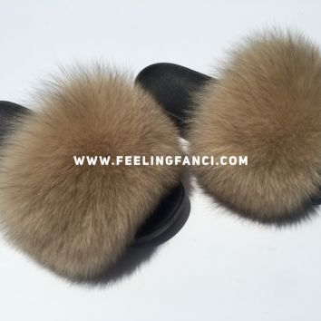 Nude fox fur slides