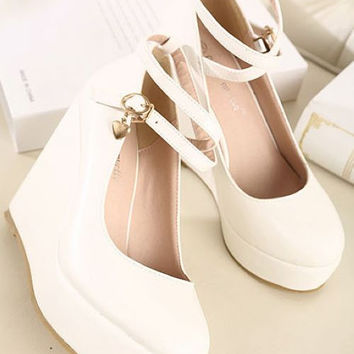 Lovely Beauty Style Slope With Shoe