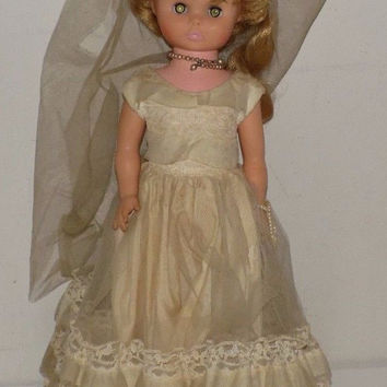 Vintage Mary Hoyer Doll In Wedding Dress With Veil