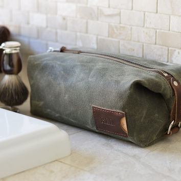 NO. 345 Personalized Dopp Kit with Leather Tag, Olive Green Waxed Canvas
