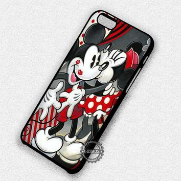 Romantic Couple Kissing Mickey Mouse Minnie - iPhone 7 6 Plus 5c 5s SE Cases & Covers