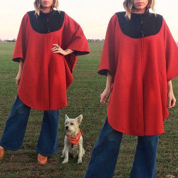 Vintage 1970's Mod Red & Black WOOL Toggle Boho Poncho Cape || One Size || Size Small Medium Large