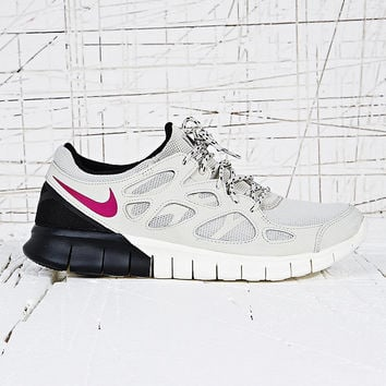 Nike Free Run V2 Trainers in Grey - Urban Outfitters