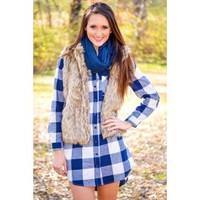 Backroad Oversized Plaid Tunic in Navy