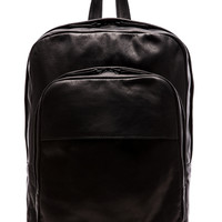 Common Projects Backpack in Leather in Black