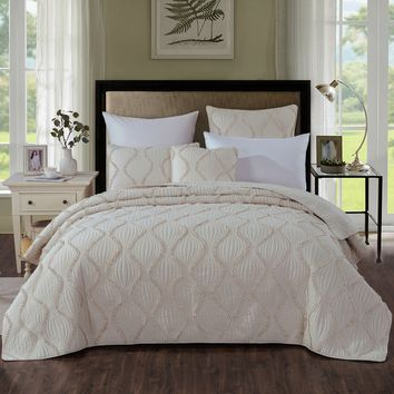DaDa Bedding Bohemian Hourglass Coverlet Bedspread Set, Elegant Ivory Ruffles (JHW873)