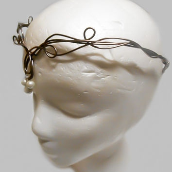 Circlet, Elven Headpiece, Lord of the rings crown, LOTR Tiara, Elven Cosplay, Renaissance Crown, Medieval Crown, Cosplay, Pearl Circlet