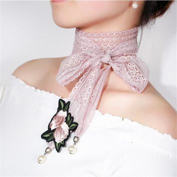 2017 Korean Simple Embroidery Flower Simulated Pearl Necklaces Pendants Temperament Pink Lace Bijoux Femme Long Necklace