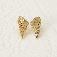 Wing-Shaped Studs