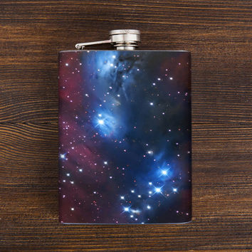 Outer Space Flask - Astronomy themed gifts - Christmas gitfs ideas - Stainless steel hip flask - 7 oz capacity