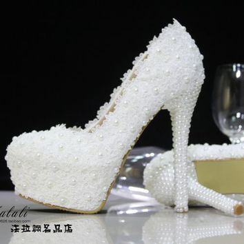 women pumps high heels Crystal wedding shoes pearl bridal shoes pumps  rhinestone lace handmade female wedding 99382fd85621