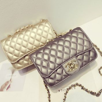 """""""Chanel""""Exquisite Lingge chain package ladies fashion package shoulder diagonal cross package Champagne"""
