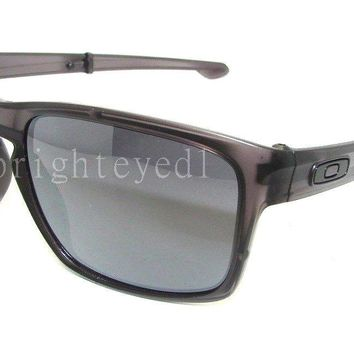Authentic OAKLEY Sliver F Folding Matte Grey Ink Sunglasses OO9246-02 *NEW*