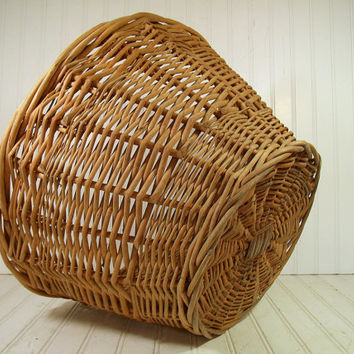 Vintage Very Large Round Natural Heavy Wicker Laundry Basket - Rustic Hand Woven Strong Gift Basket or Carry All - Primitive OverSized Decor