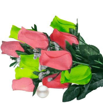 Coral & Green Bouquet | Pearl Roses®