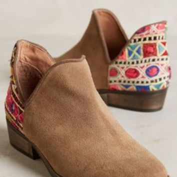 Howsty Leyla Low Booties Neutral Motif