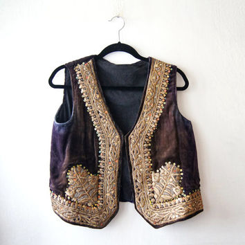 Vintage 1950's  Antique handmade  Mauve / Plum Velvet vest west  golden threads coloured embroidery   sequins indian Free Shipping