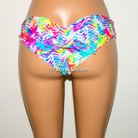 Neon Chevron Scrunch Bow Bikini Bottom, Cheeky Hips Bikini Bottom, Brazilian Bikini Bottoms, Fully Lined Scrunch Butt Bikini Swimsuit
