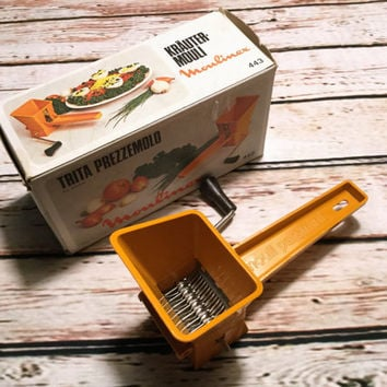 Vintage Herb Mill . Moulinex Parsmint . Manual Herb Mill . Retro Orange Plastic .