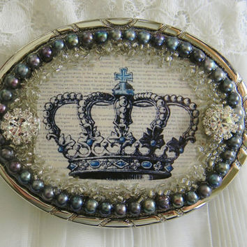 Women's Belt Buckle Vintage Crown