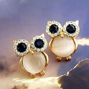 Cute Sweet Owl Opal Animal Stud Earrings