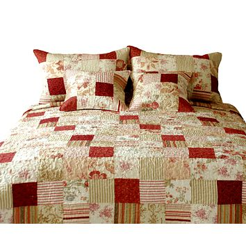 Tache 3-5 Piece Cotton Sweet Floral Strawberry Field Patchwork Quilt Set (DXJ101309)