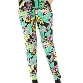 Two Pocket Abstract Leaf Print Jogger Pants in S/M, L/XL, 2X/3X