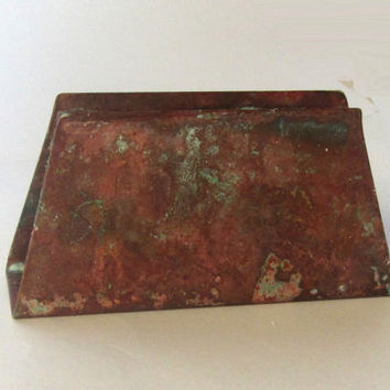 Napkin holder. Letter holder. Rustic metal napkin holder. Old copper with verdigris. Farmhouse primitive decor. Vintage