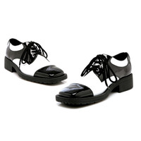 Fred (Black/White) Adult Shoes