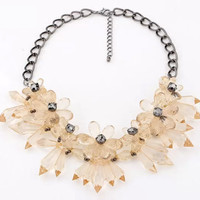 Charming Chunky Flower Statement Necklace
