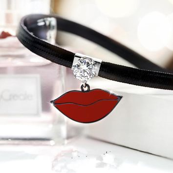 2017 Korean Fashion Necklace PU Leather Collares Personality Sexy Lip Shape Rhinestone Chokers Necklaces For Women D4207